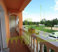 BALCON WITH STREET VIEW
