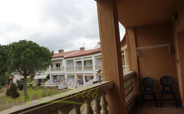 TERRACE WITH VIEW TO THE COMMUNITY  GARDEN